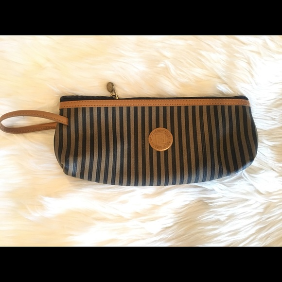 1b6dddd560a Fendi Handbags - Authentic Vintage Fendi Cosmetics Bag